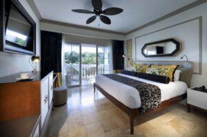 Suite 002
